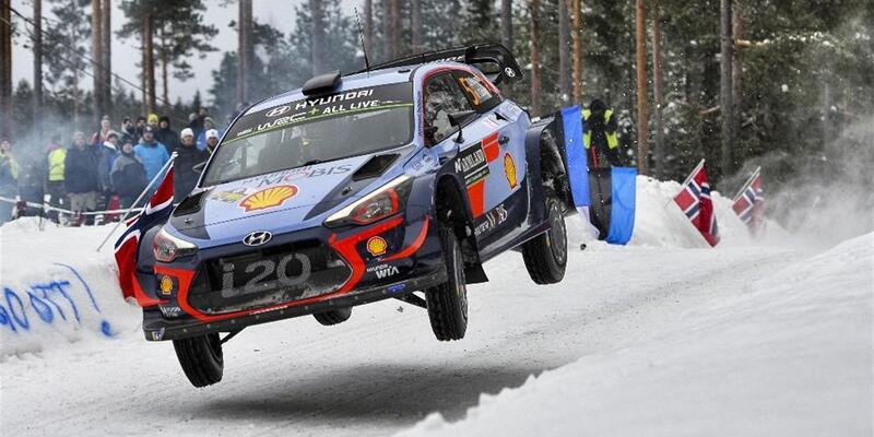 İsveç'te zafer Thierry Neuville'in