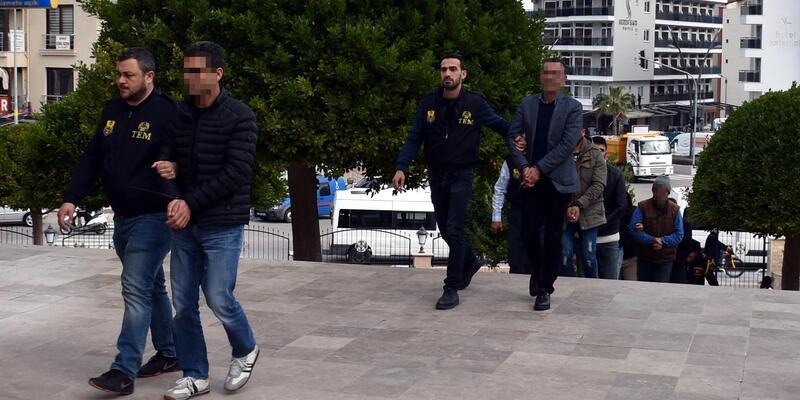 Marmaris'te DBP ilçe başkanı ve 6 kişiye terör propagandasından gözaltı