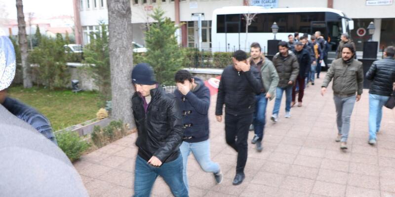 FETÖ'nün asker yapılanmasında gözaltına alınan 16 kişi adliyede