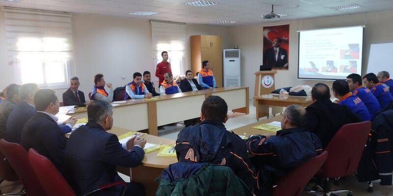 Osmaniye AFAD personelleri ilk yardım eğitimi
