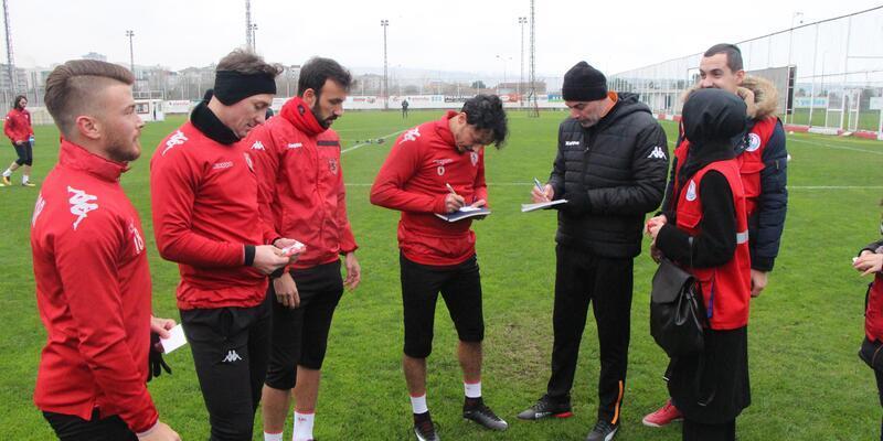 Samsunsporlu futbolcular Afrin'deki askerlere mesaj gönderdi