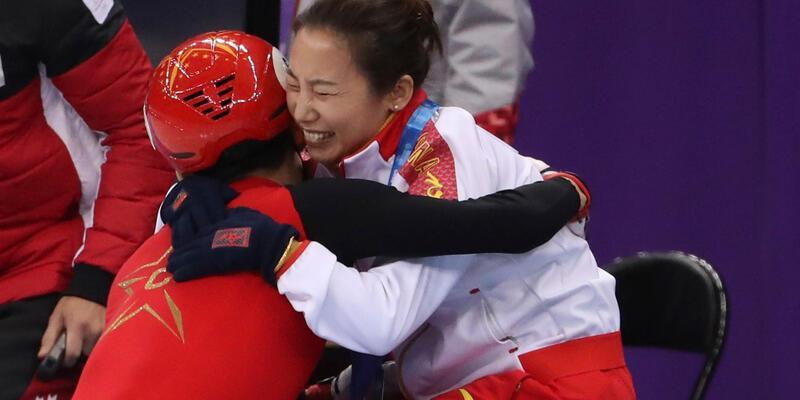 Rekor kıran Çinli sporcu çılgınlar gibi sevindi