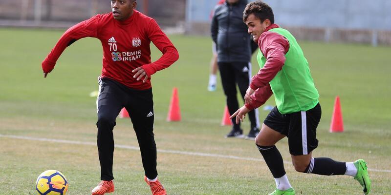 Demir Grup Sivasspor, U21 takımına gol yağdırdı