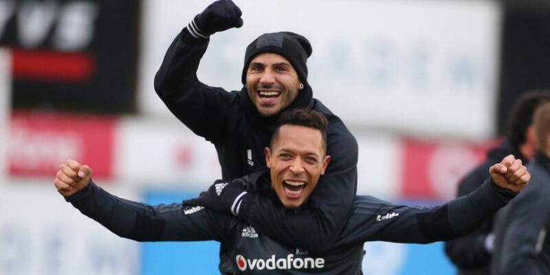 Beşiktaş'ta sevinç pozu