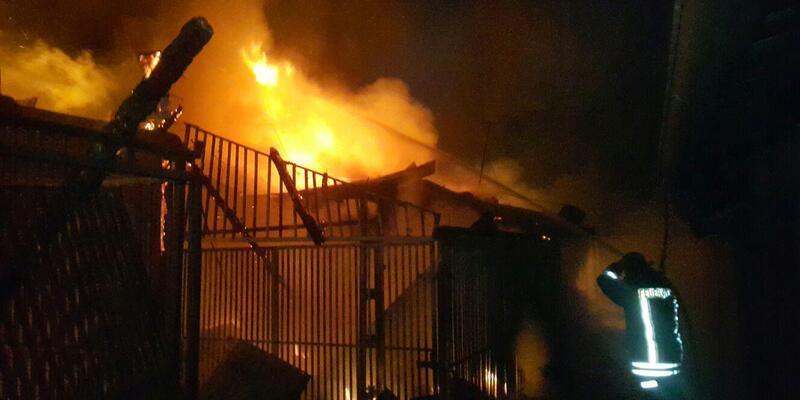 Kadirli'de 150 dükkanın bulunduğu çarşıda yangın