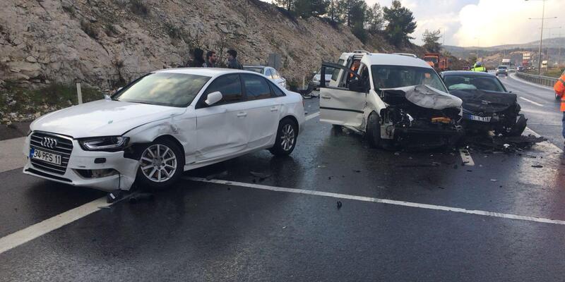 Tarsus'ta zincirleme kaza: 7 yaralı
