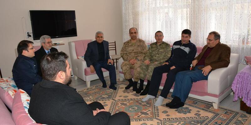 Vali Kaban'dan yaralı askerler ile şehit ailelerine ziyaret