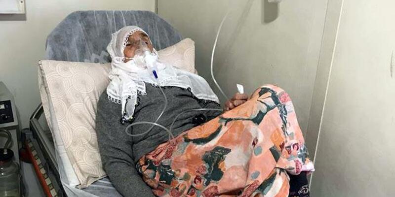 Erciş'te tek başına yaşayan yaşlı kadına, Kaymakam sahip çıktı