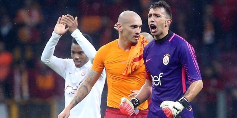 Galatasaray'da 4 futbolcu kritik eşikte