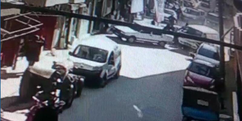 Alkollü traktör sürücüsü polisten kaçarken birçok araca çarptı