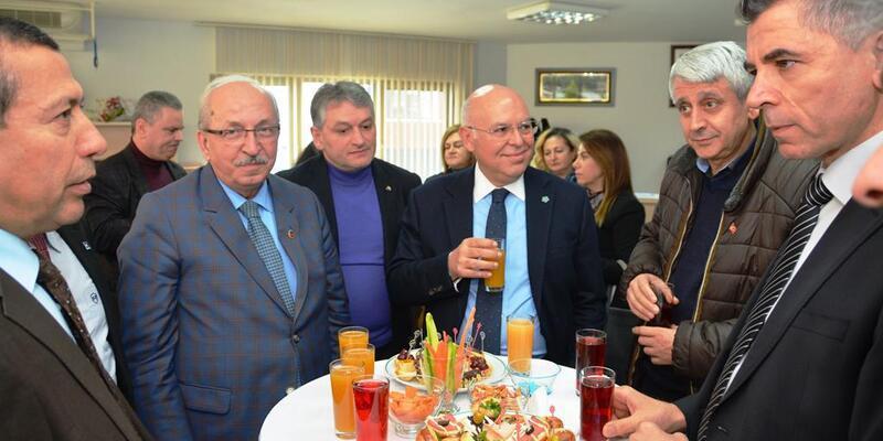 Başkan Eşkinat, Muhasebeciler Odası'nın düzenlediği kokteyle katıldı