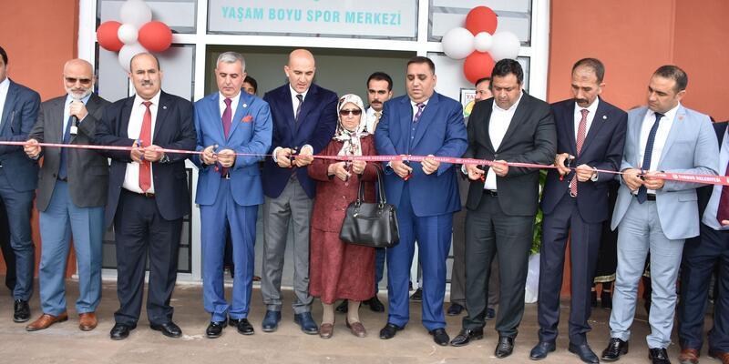 Tarsus'ta Ahmet Şahbaz Yaşam Boyu Spor Merkezi açıldı