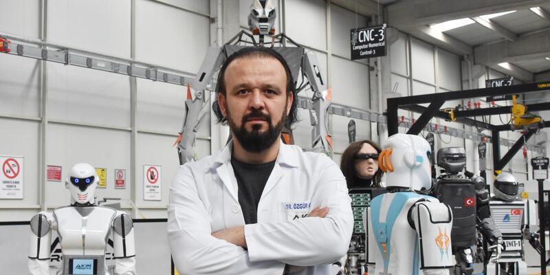 Özgür Akın: Milli savunmada kullanılmak üzere 'robot asker' üretebiliriz