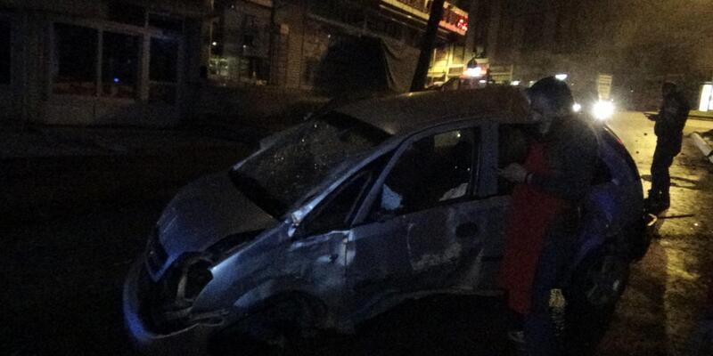 Otomobil takla attı; 2 genç yaralandı