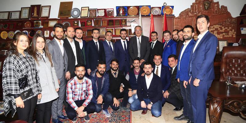 AK gençlerde başkan Ünver'e ziyaret