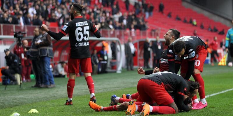 Samsunspor 2-0 Elazığspor / Maç Özeti