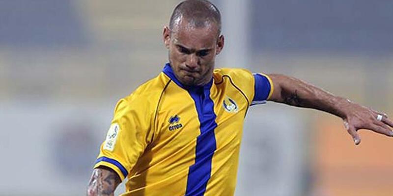 Sneijder attı, El-Gharafa kazandı