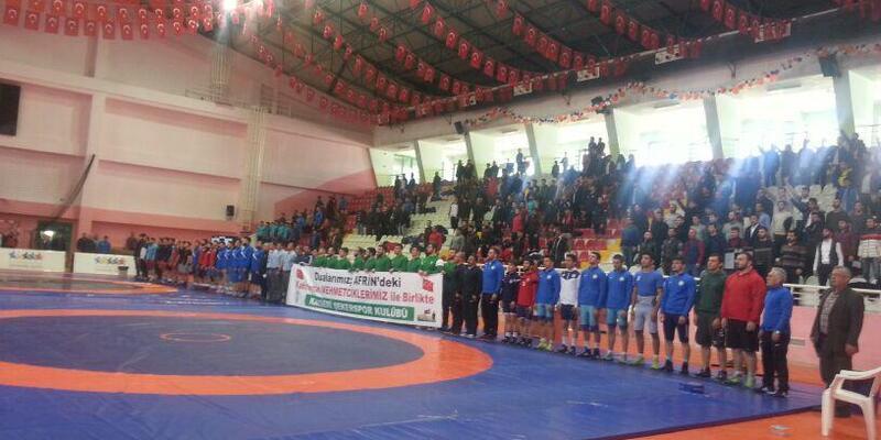 Yozgat'ta düzenlenen Süper Lig Greko-Romen Güreş Şampiyonası başladı