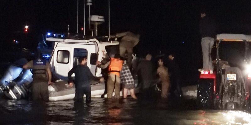 Sahil Güvenlik botunu köylüler ve balıkçılar kurtardı