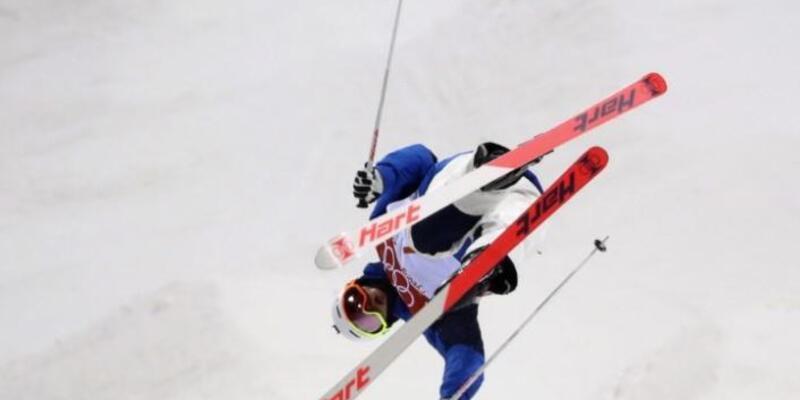 Cinsel tacizde bulunan iki kayakçıya ömür boyu men cezası