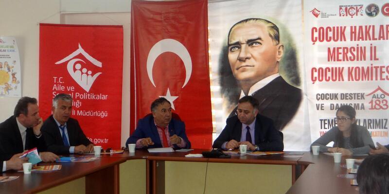 Mersin'de çocuk işçiliği masaya yatırıldı