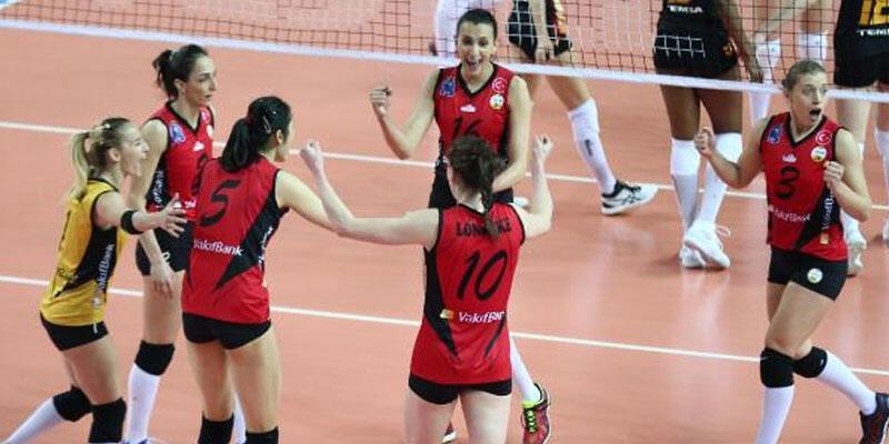 VakıfBank, Galatasaray'ı 3-0 yenerek final avantajını yakaladı