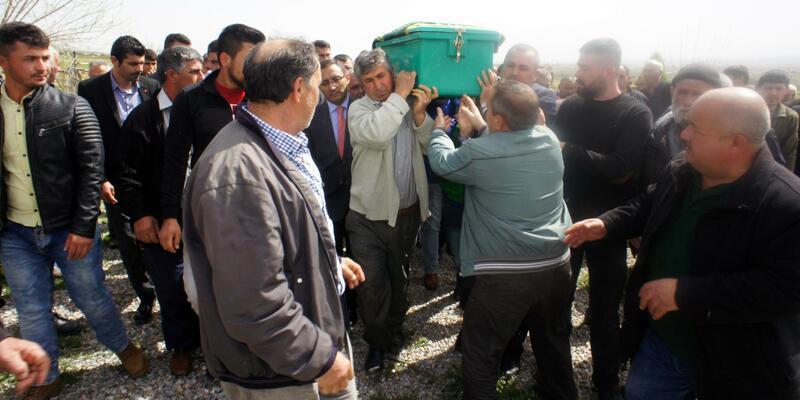 Kazada ölen minik Buğra ile annesi toprağa verildi