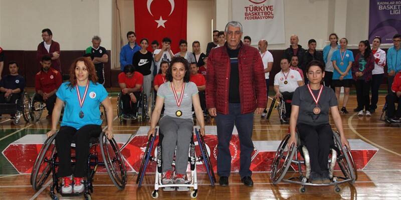 Engelli Badminton sporcularından Türkiye derecesi