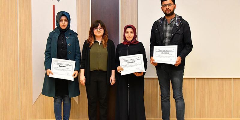 OKÜSEM kurslarını başarıyla tamamlayanlara sertifika