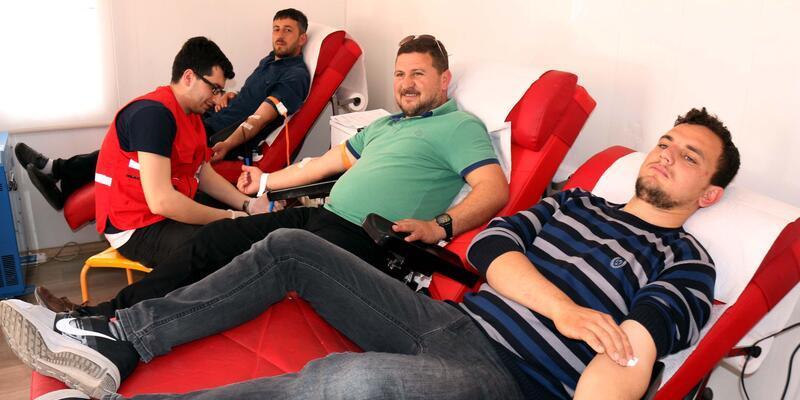 Güvenlik korucularından Afrin için kan bağışı