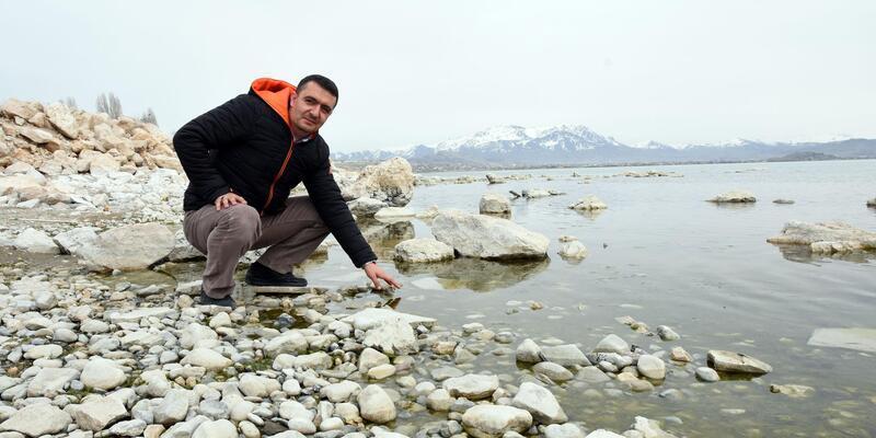 Van Gölü'nün yüzey suyu 2,4 derece ısındı