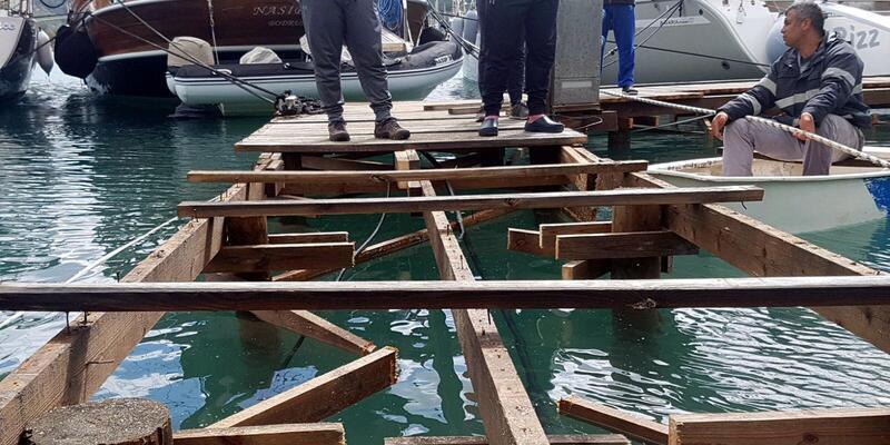 Marmaris'te kaçak iskeleleri yıktırmamak için direndiler
