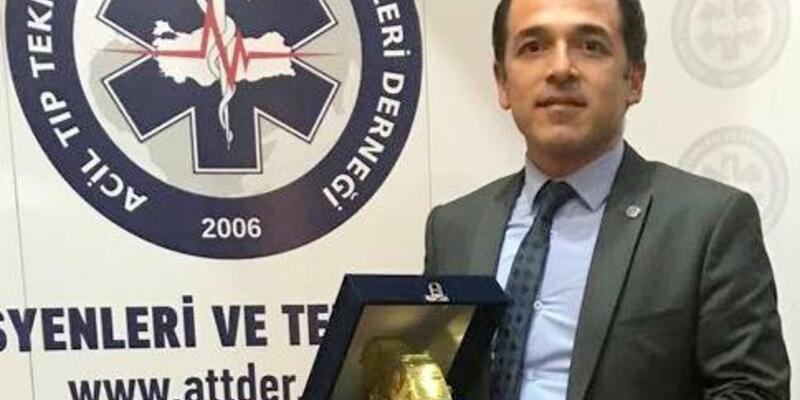 Altın Ambulans'ta Başkan Ödülü Mülayim'in oldu