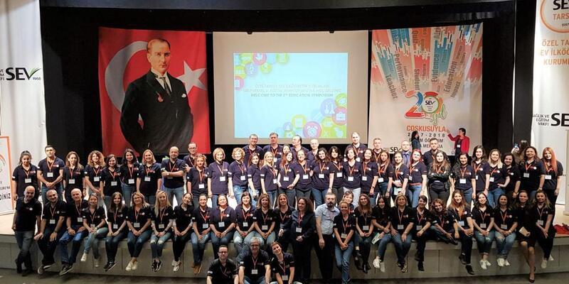 400 öğretmen eğitim sempozyumunda buluştu