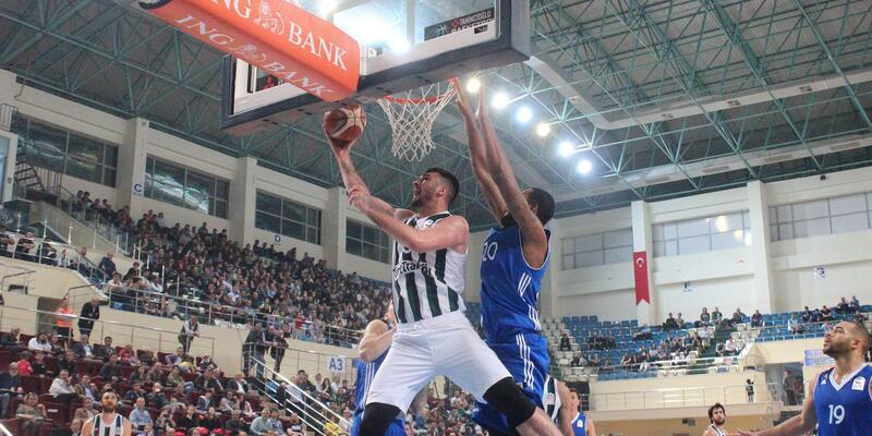 Sakarya Büyükşehir Basketbol - İstanbul Büyükşehir Belediyesi Spor Kulübü: 86-95