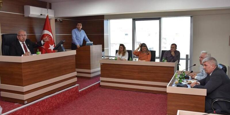 Kadir Albayrak, Kapaklı Belediyesi meclis toplantısına katıldı