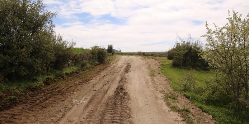 Körez'de arazi yollarında çalışma
