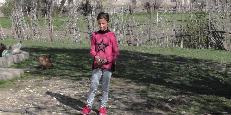 Rabia, proje ödülü ile annesine çamaşır makinesi alacak