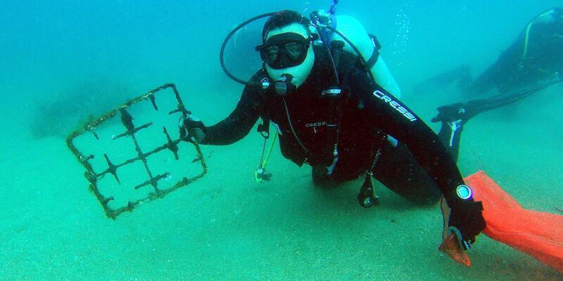 Gündoğan Koyu'nda deniz dibi temizliği