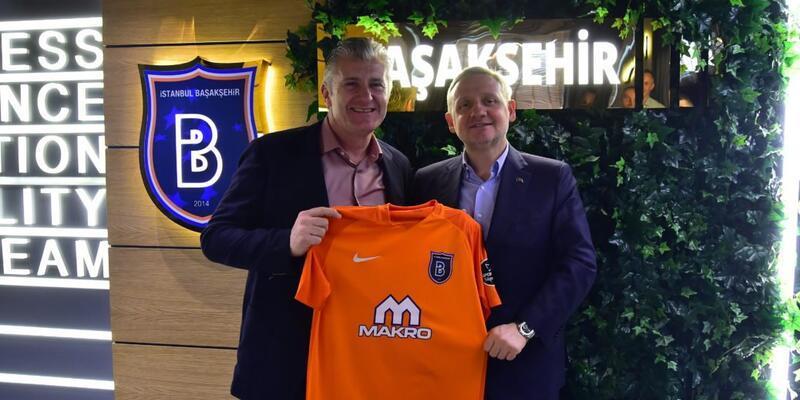 Davor Suker Başakşehir kulübünü ziyaret etti