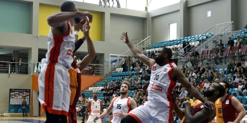 Galatasaray deplasmanda Uşak'a yenildi