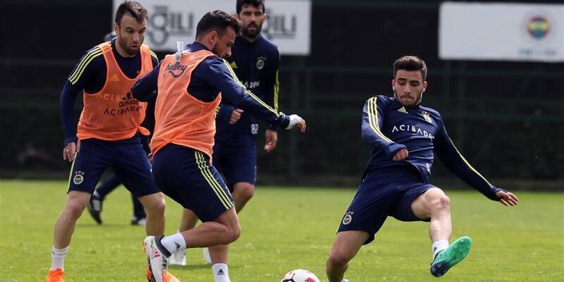 Fenerbahçe çift kale maç yaptı