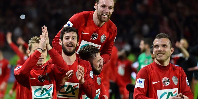 Üçüncü lig takımı Fransa Kupası finalinde muhtemelen PSG'yle karşılaşacak