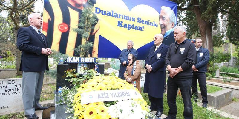 Fenerbahçe Serkan Acar'ı kabri başında andı