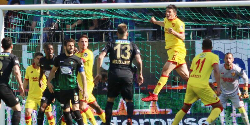 Akhisarspor - Göztepe maçından kazanan çıkmadı
