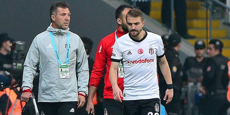 Beşiktaş'ta Caner Erkin sakatlandı, maçı yarıda bıraktı