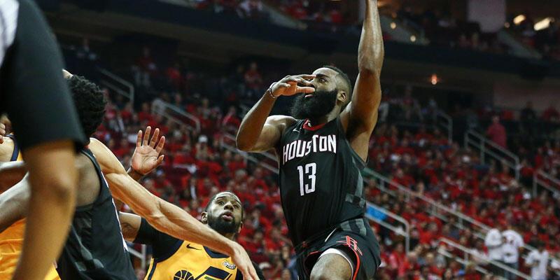 Houston Rockets bir adım önde