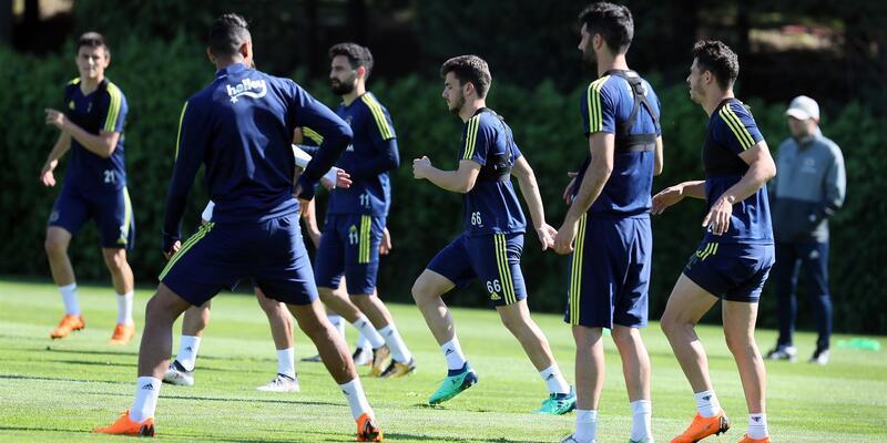 Fenerbahçe 'Beşiktaş maçı'na hazırlanıyor