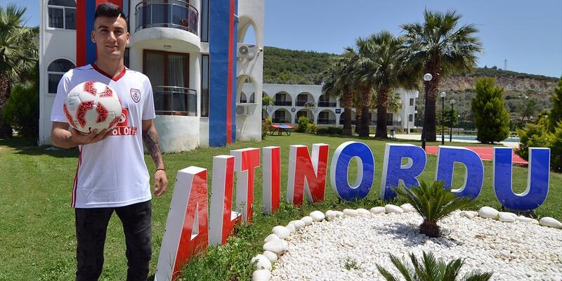 Altınordu'ya Denizlispor'dan transfer