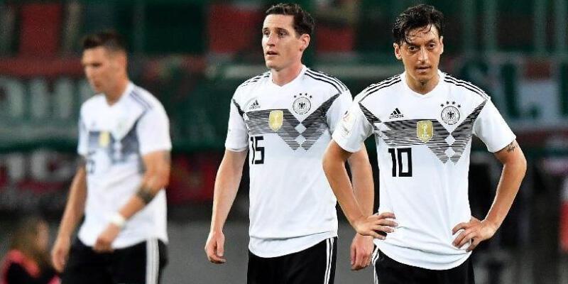 Almanya deplasmanda Avusturya'ya mağlup oldu